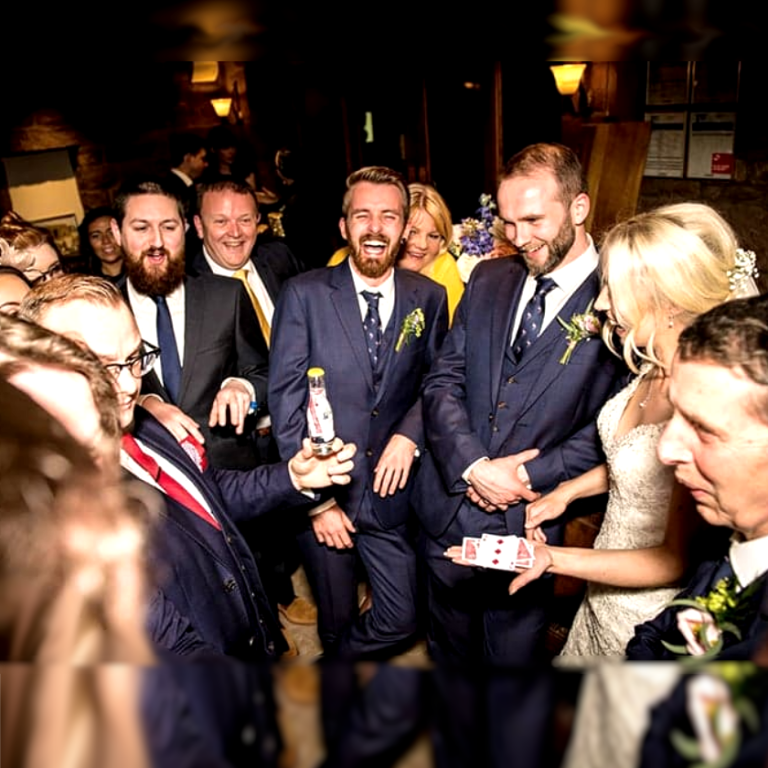 Wedding and Corporate close up Magician Andy Dean
